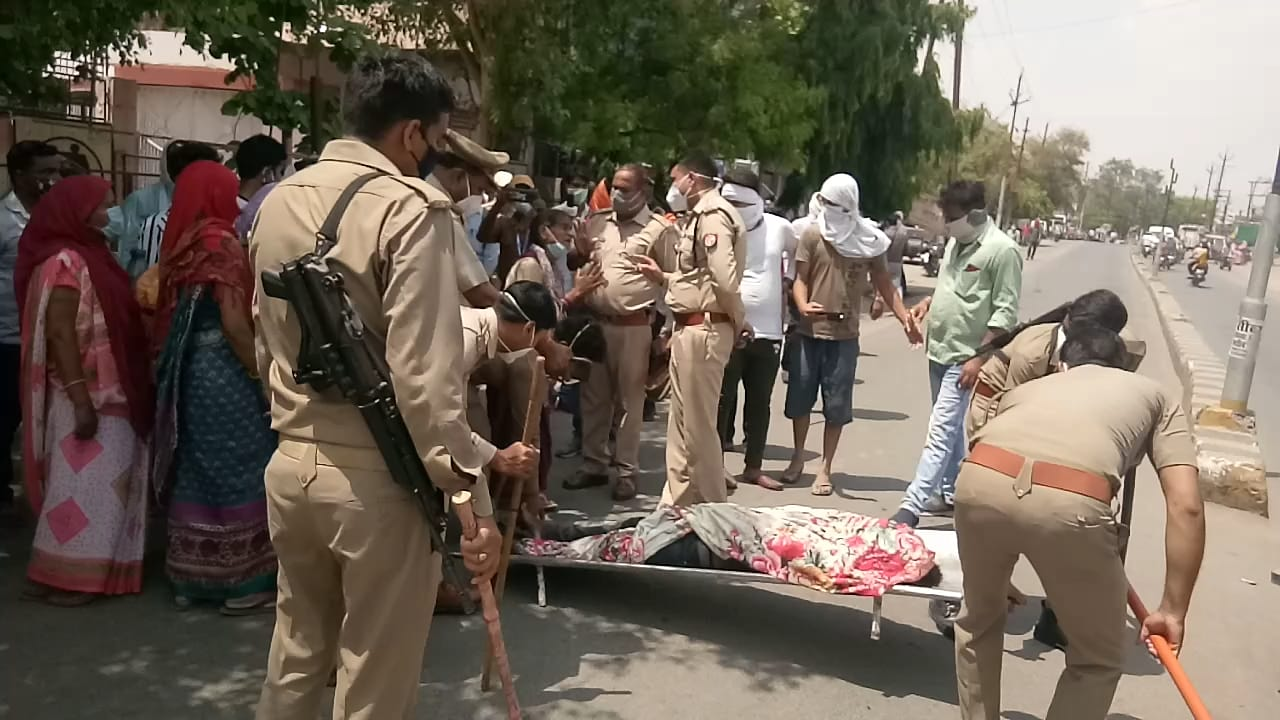 Youth hanged in Orai in fear of chauki incharge