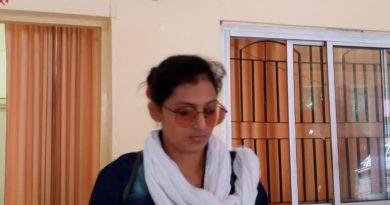 समाज सेविका शालिनी सिंह को ADM एवं CO ने कार्यालय के बाहर भगा दिया